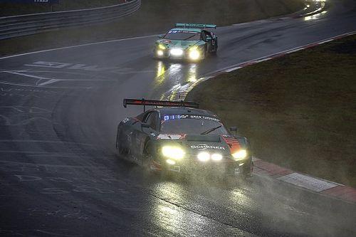 24 uur Nürburgring ligt hele nacht stil vanwege noodweer