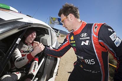 WRC Argentina: Neuville omaggia Evans dopo il rally più bello dell'anno