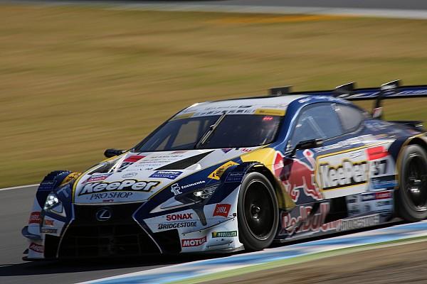 Super GT Race report Super GT Motegi: Meski Nissan menang, Lexus rebut gelar 2017