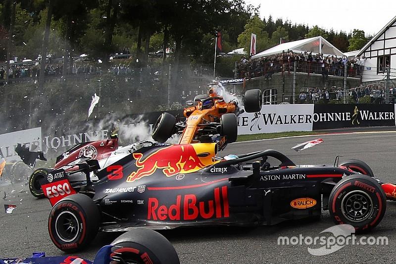 Photos - Le carambolage du départ au GP de Belgique