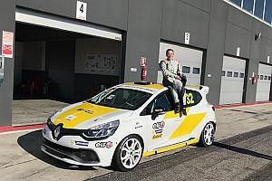 Francesca Raffaele debutta nella Clio Cup Italia con l'Oregon Team