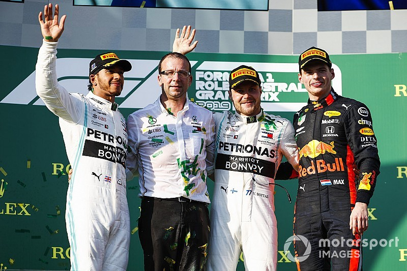 Bottas wint seizoensouverture in Australië, Verstappen knap derde met Red Bull-Honda