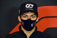 Senna előtt tiszteleg hétvégi sisakjával Pierre Gasly