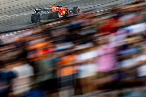 "Sainz: ""Ya son varios errores en boxes muy seguidos..."""