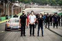 """Dener Pires fala sobre temporada da Porsche em meio a pandemia: """"Provamos que os limites são muito mais altos"""""""