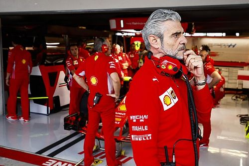 "Brundle: ""Things weren't right"" at Ferrari under Arrivabene"