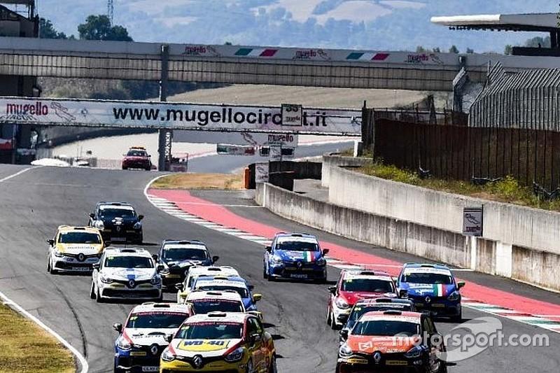 Francia vince al Mugello Gara 1 dopo una volata finale con Ricciarini