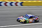 Kyle Busch aparece al final y gana la All Star Race