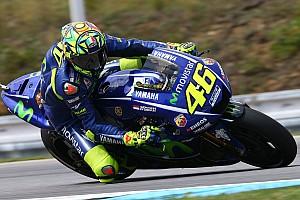 Rossi senang start kedua di belakang Marquez