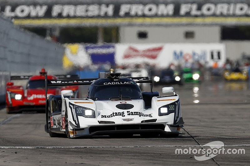 Sebring 12h: Action Express toma distancia