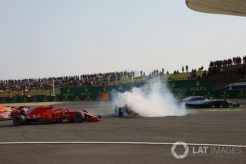 Hamilton spectateur anxieux du duel Verstappen/Vettel