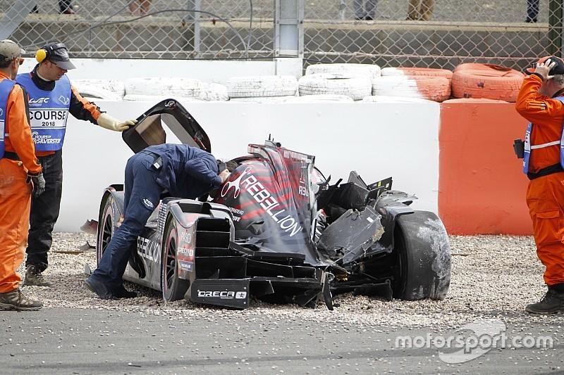 Senna patah pergelangan kaki di Silverstone