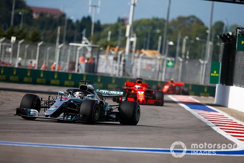 """A Mercedes szerint nem gond, hogy """"hezitált"""" Hamilton motorja Szocsiban"""