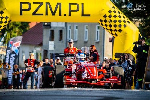 74 kierowców zgłoszonych do finału GSMP w Korczynie