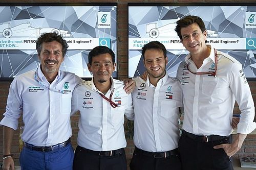 Petronas cerca sui social l'ingegnere dei fluidi che seguirà il team Mercedes