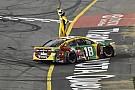NASCAR Cup Кайл Буш выиграл гонку NASCAR в третий раз подряд