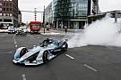 Formula E GALERI: Demonstrasi mobil baru Formula E