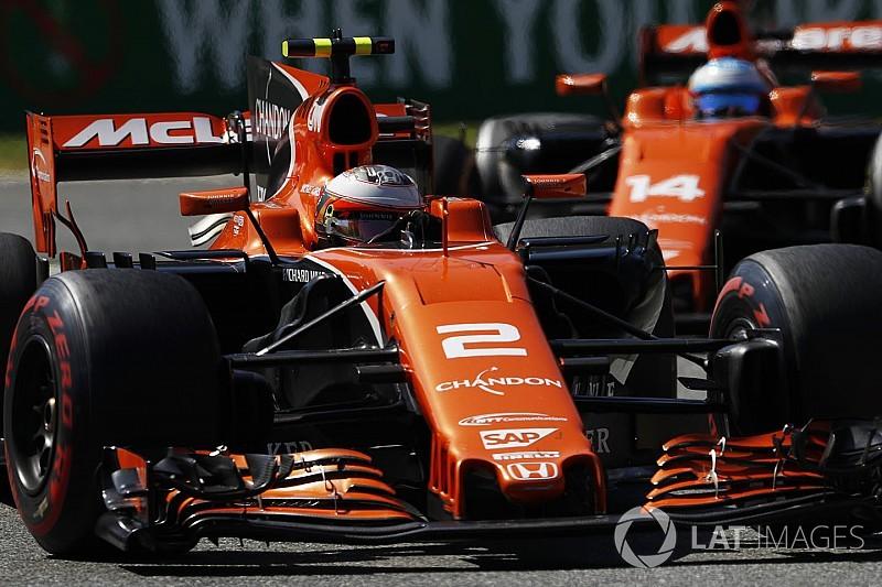 """McLaren: Vandoorne foi """"exposto"""" ao ter Alonso como parceiro"""