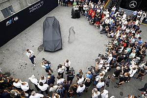 FIA F2 Новость Новую машину Ф2 показали в Монце. У нее есть Halo