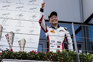 GP3 レースレポート 【GP3】オーストリア決勝2:福住3位入賞で年間ランキング首位に浮上