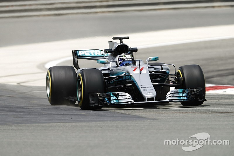 Bahrain F1 test: Bottas quickest as Ferrari hits trouble