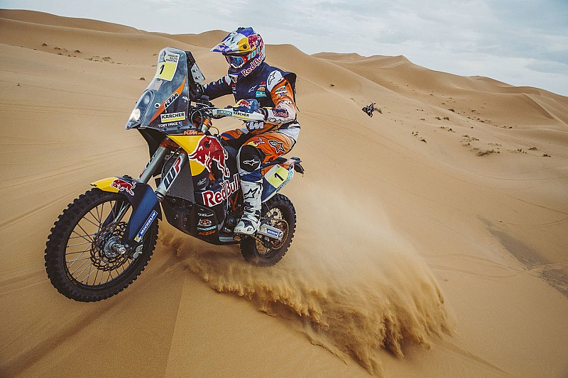 Dakar champion Price gets KTM contract extension