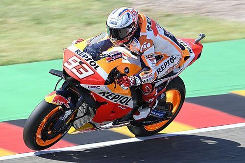 Subidón de Márquez en Sachsenring, donde lidera el primer ensayo libre