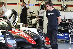 WEC Новость Алонсо тестирует Toyota LMP1: видео
