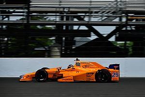 IndyCar Crónica de test Vídeo: la maratoniana jornada de Alonso en los segundos libres de Indy 500