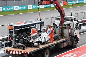 El accidente de Grosjean provocó terribles recuerdos a Massa