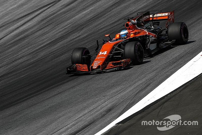 Alonso vuelve al motor anterior de Honda tras una falla