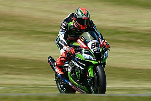 Superbike-WM Rennbericht Superbike-WM in Donington: Tom Sykes setzt Siegesserie fort