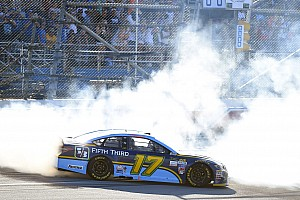 NASCAR Cup Race report Stenhouse wins first NASCAR Cup race with last-lap pass