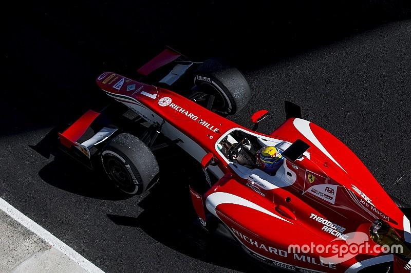 En pole, Leclerc fait un pas vers le titre