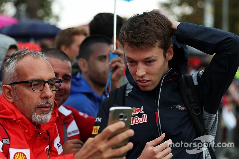 Toro Rosso, Kvyat'ı Rusya'da açıklayacak, ikinci koltuk için Ticktum bekleniyor