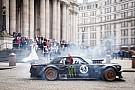 Foto's: Top Gear-ster Matt LeBlanc en Ken Block driften door Londen