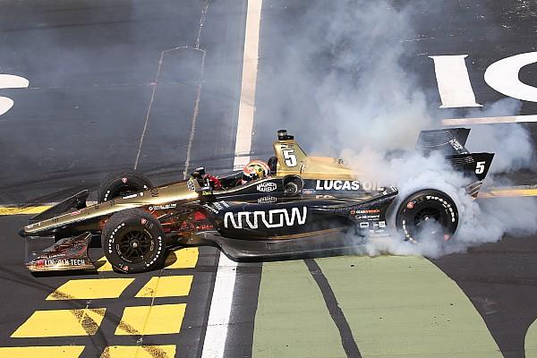 IndyCar Iowa IndyCar: Hinchcliffe wins, Newgarden suffers in bizarre finish