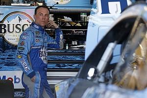 NASCAR Sprint Cup Crónica de entrenamientos Harvick manda en la última práctica en Phoenix y Suárez en 24°
