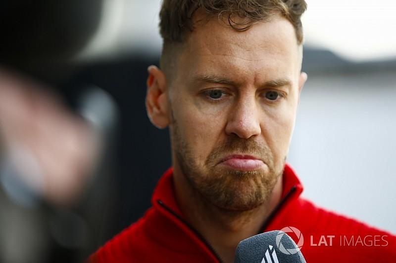 Vettel kétszer is nekimegy Hamiltonnak: hihetetlen!