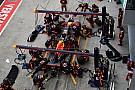 Elképesztő tempó a Red Bulltól és a Ferraritól Malajziában