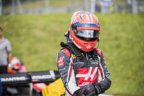 Протеже Haas Ферруччі переходить до Ф2