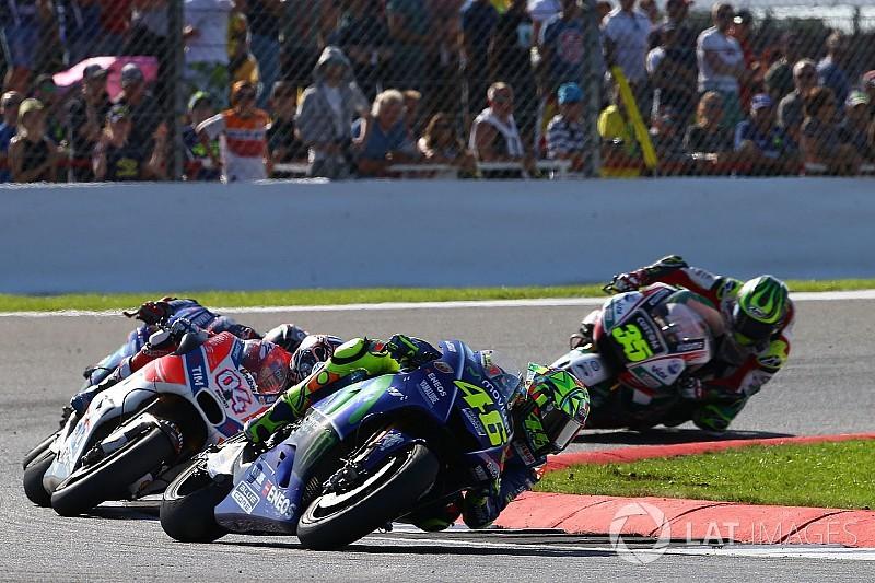 Rossi-Dovizioso tak terpengaruh pesan 'Marquez Out'