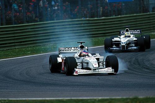 """F1: Villeneuve revela que investiu """"muito dinheiro"""" na BAR e admite que mudança foi um erro"""