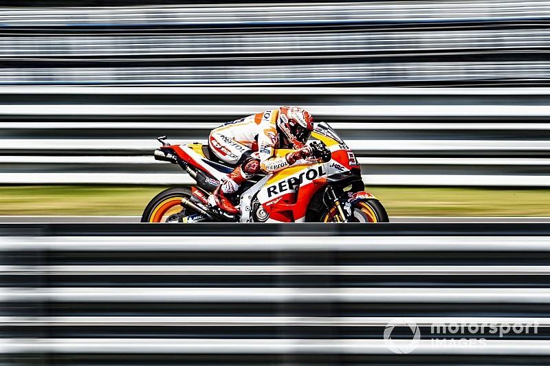 """Márquez: """"Con estas motos es difícil caerse como lo ha hecho Lorenzo"""""""