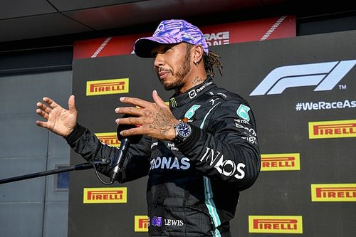 Hamilton: Verstappen no me dejó suficiente espacio en el choque