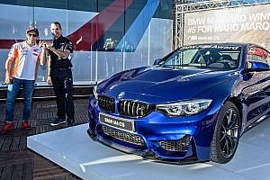 Autó BRÉKING Egy BMW M4 CS lett Marquez jutalma a legtöbb pole-pozícióért