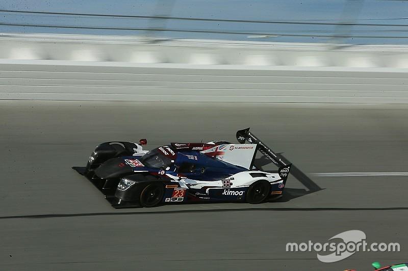 """Alonso se convirtió rápidamente en el """"líder"""" en Daytona"""