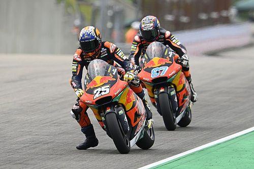Moto2, Assen: KTM implacabile, Fernandez in pole su Gardner