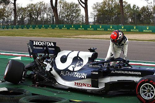 Tsunoda's gearbox broke in half in Imola Q1 crash