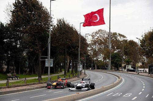 Resmi: İngiltere, Türkiye'yi kırmızı listeden çıkarıyor!
